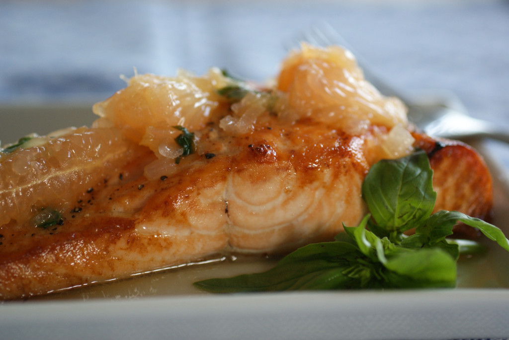 Roasted Salmon with Grapefruit Basil Sauce | Swiss Paleo