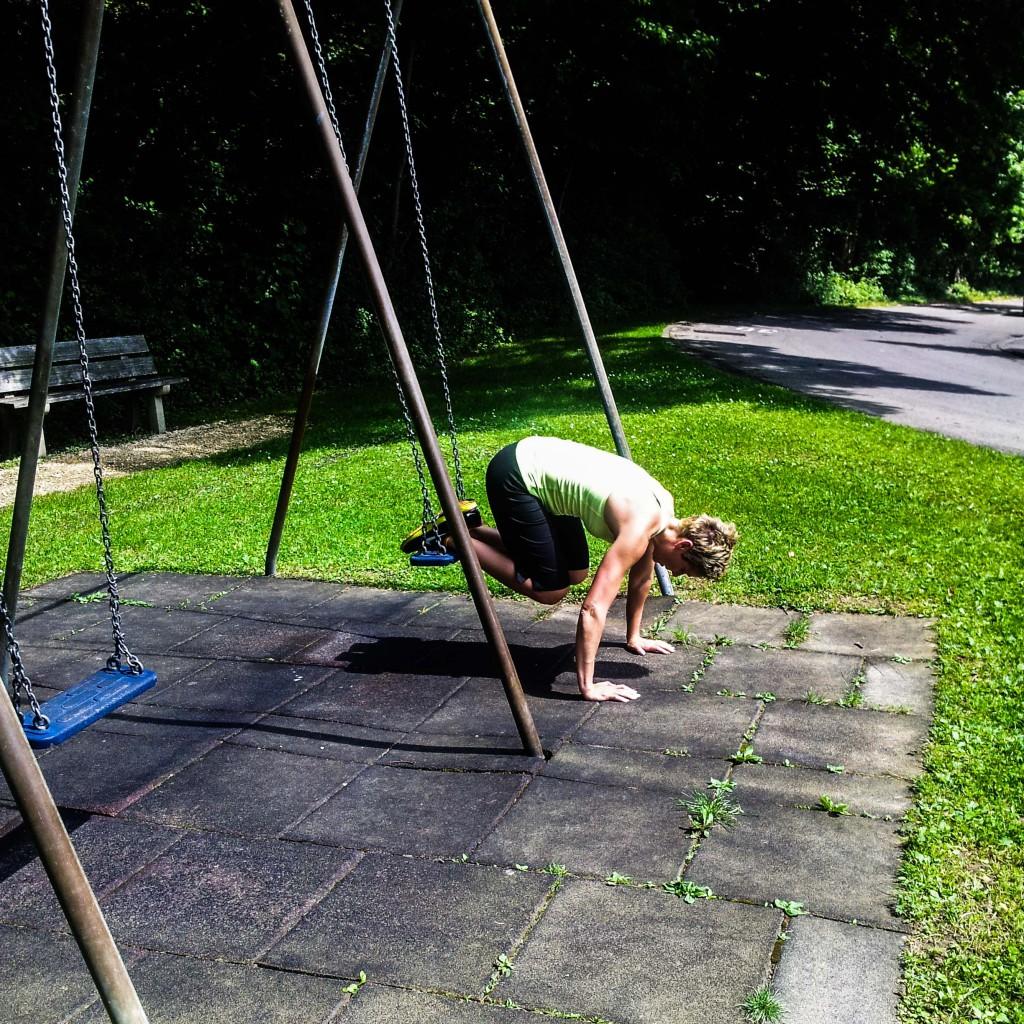 Atomic push-ups