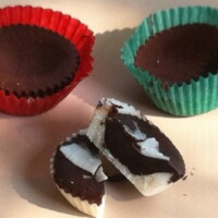 Coconut chocolate cups